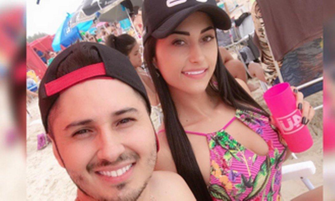 Blogueira e seu namorado são executados com 79 tiros em residência - Imagem 1