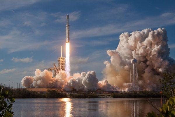 Russos vão enviar turistas para o espaço sideral - Imagem 3