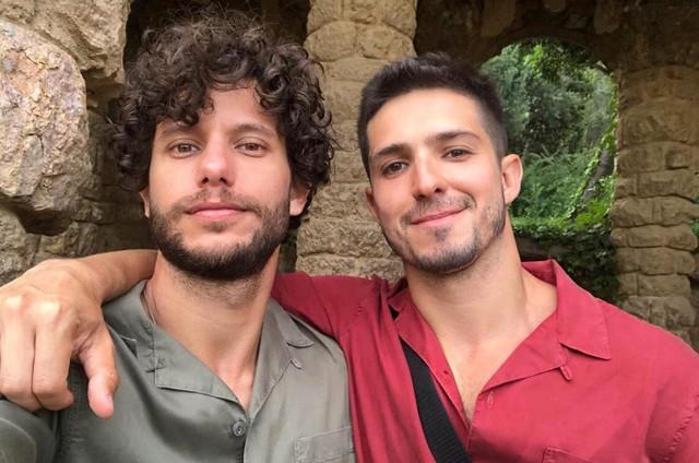 Ator Igor Cosso e o namorado - Foto: Arquivo Pessoal