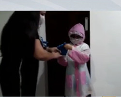 """Família faz roupa de """"astronauta"""" para neta abraçar avô no dia do aniversário em Teresina"""