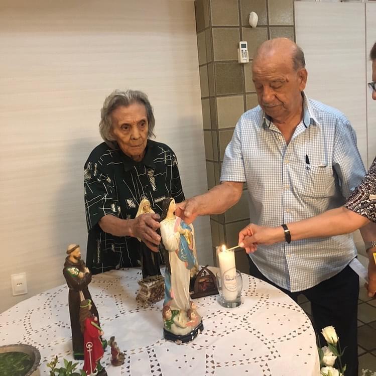 Juraci Leite e a esposa, a professora Jandira Leite (Reprodução)