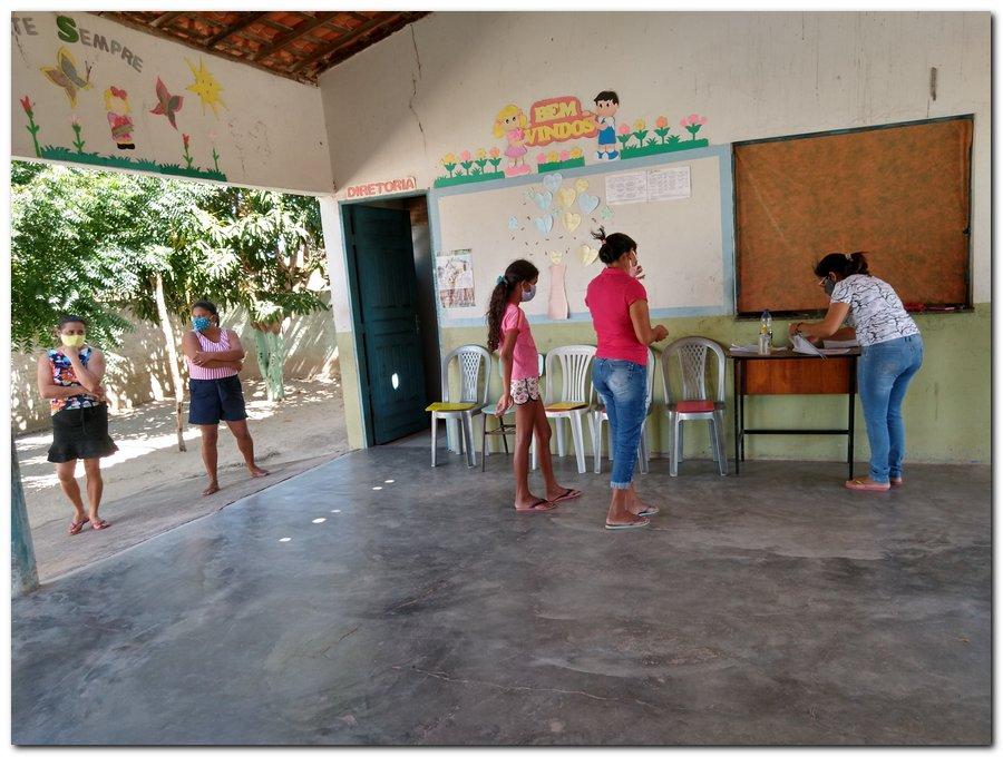 Prefeitura de Inhuma e Secretaria de Educação entrega  Kits de Alimentação Escolar  - Imagem 14