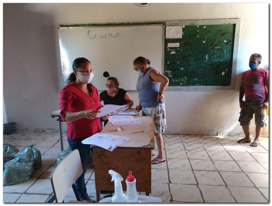Prefeitura de Inhuma e Secretaria de Educação entrega  Kits de Alimentação Escolar  - Imagem 9