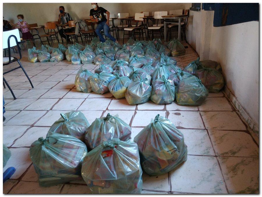 Prefeitura de Inhuma e Secretaria de Educação entrega  Kits de Alimentação Escolar  - Imagem 6
