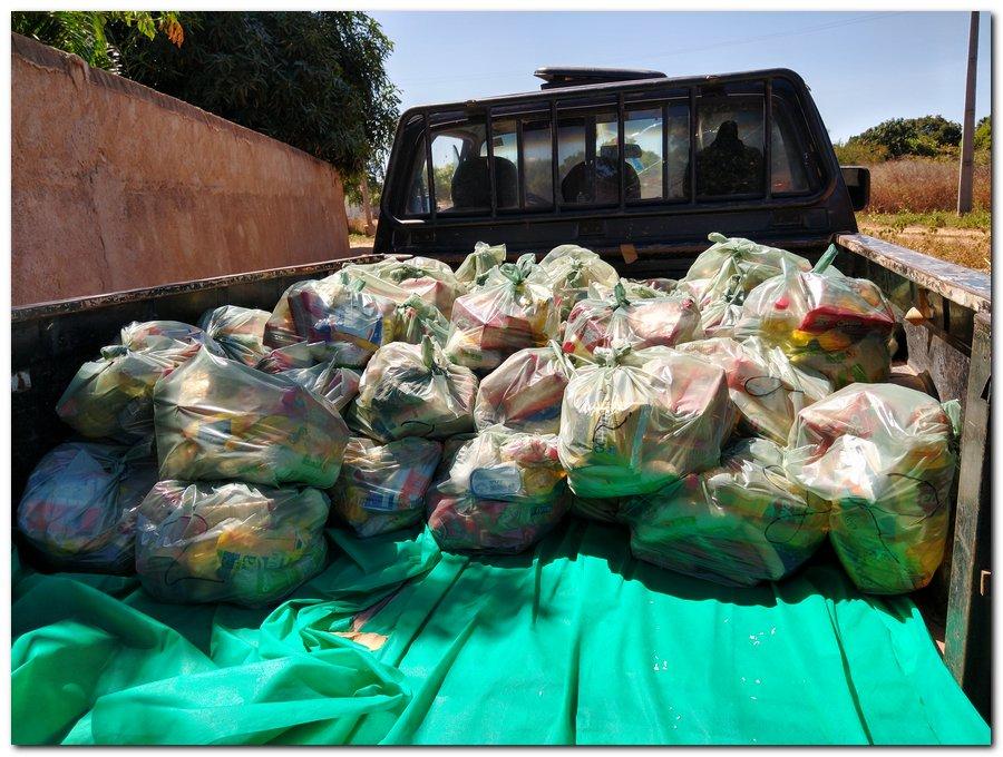 Prefeitura de Inhuma e Secretaria de Educação entrega  Kits de Alimentação Escolar  - Imagem 15