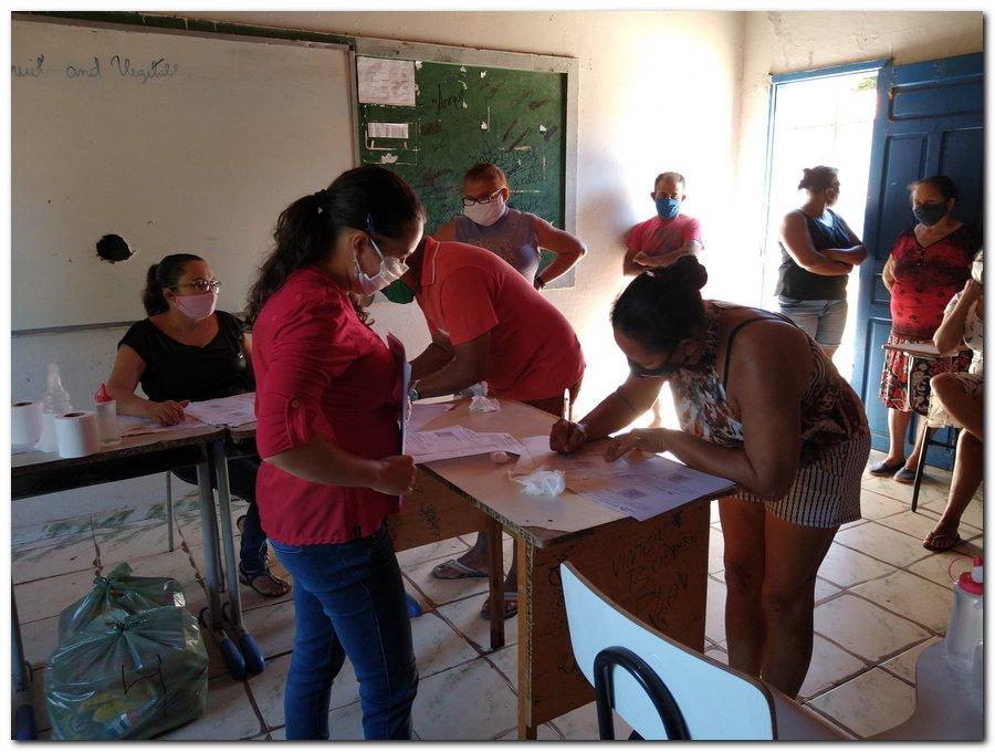 Prefeitura de Inhuma e Secretaria de Educação entrega  Kits de Alimentação Escolar  - Imagem 1