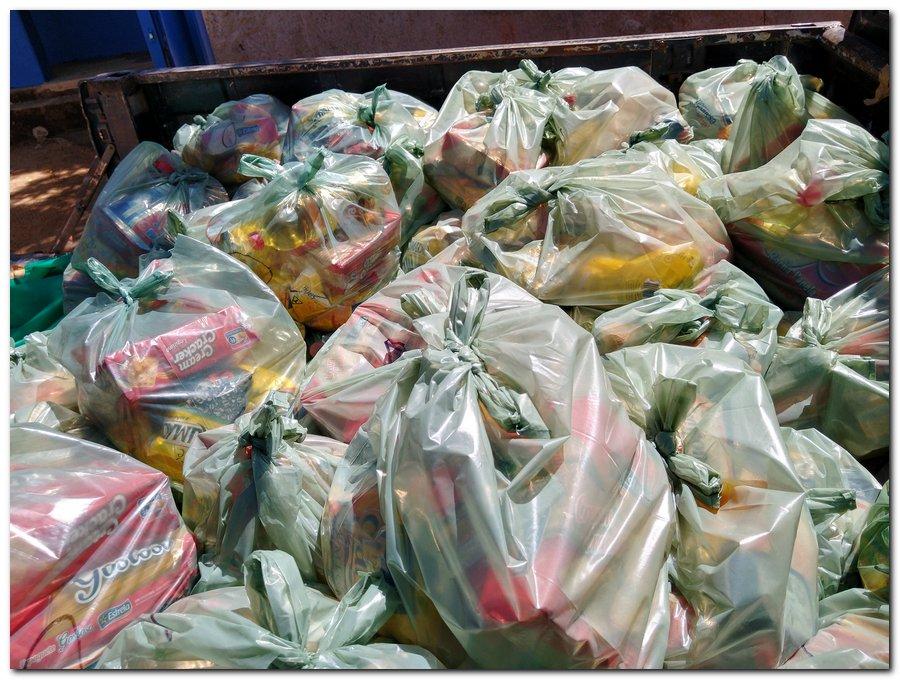 Prefeitura de Inhuma e Secretaria de Educação entrega  Kits de Alimentação Escolar  - Imagem 16