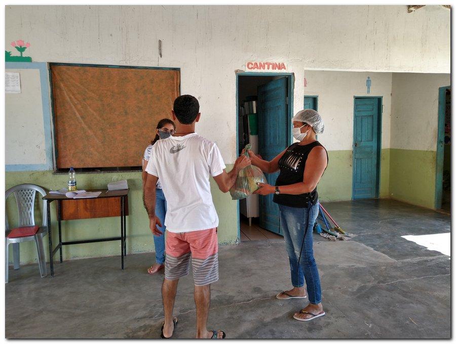 Prefeitura de Inhuma e Secretaria de Educação entrega  Kits de Alimentação Escolar  - Imagem 12