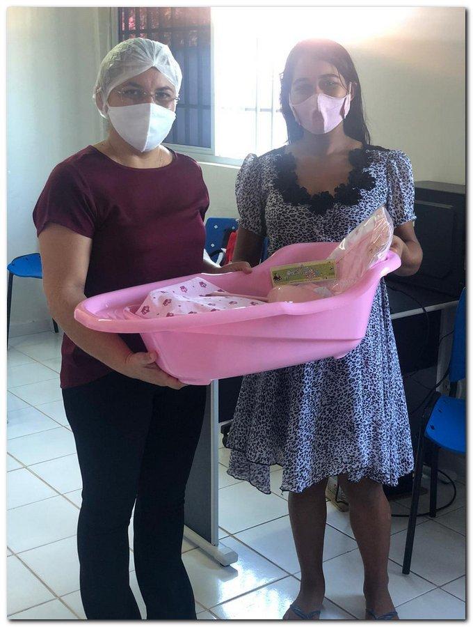 Secretaria de Trabalho a Ação Comunitária realiza entrega de Kits para gestantes  - Imagem 8