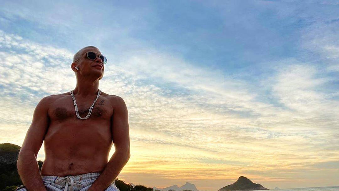 Fábio Assunção aparece irreconhecível em praia após perder 27 kg - Imagem 1