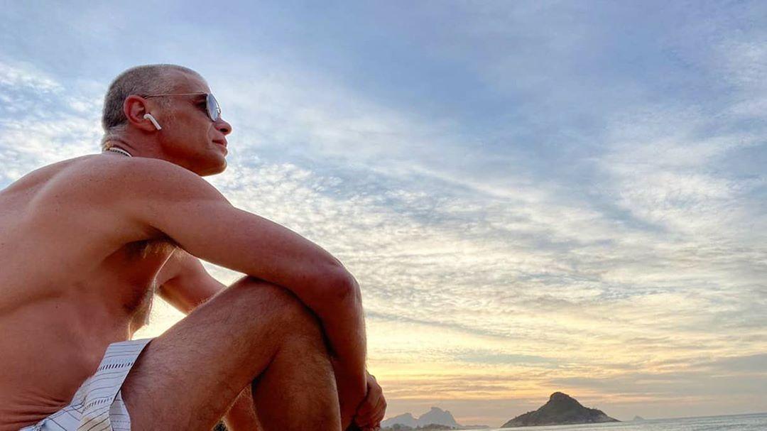 Fábio Assunção aparece irreconhecível em praia após perder 27 kg - Imagem 2