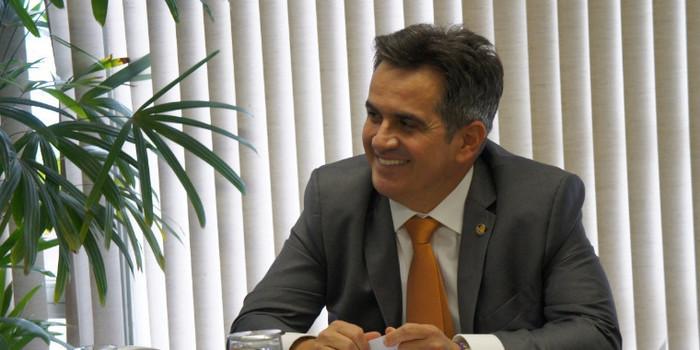 Ciro Nogueira anuncia recursos de saúde para 193 municípios do Piauí