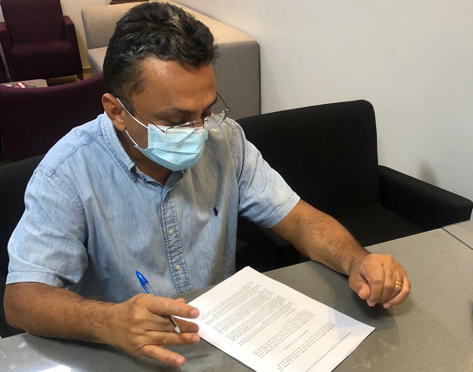Dudu Borges entra com ação para apurar denúncias de abuso de poder
