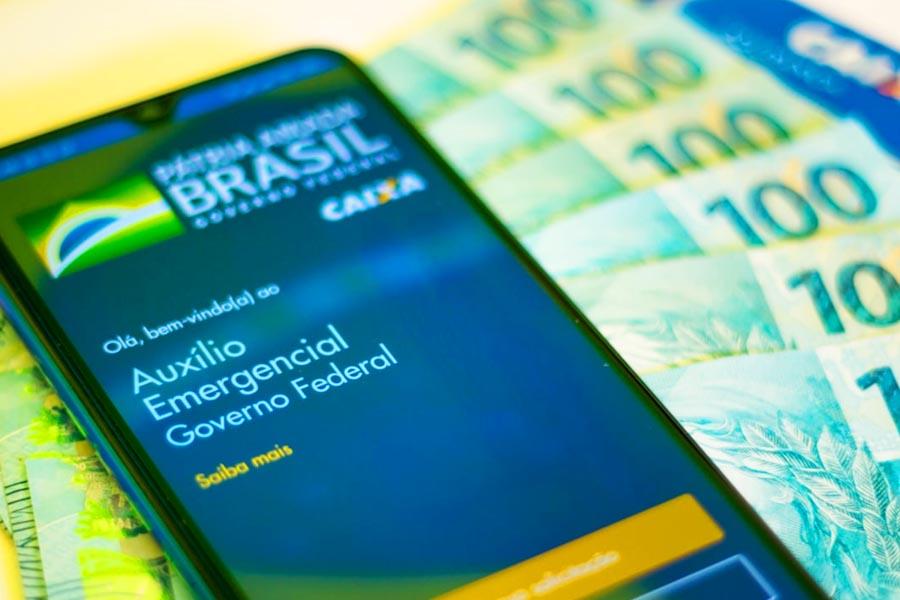 Auxílio Emergencial: Governo envia à Caixa 1,3 mi de CPFs suspeitos