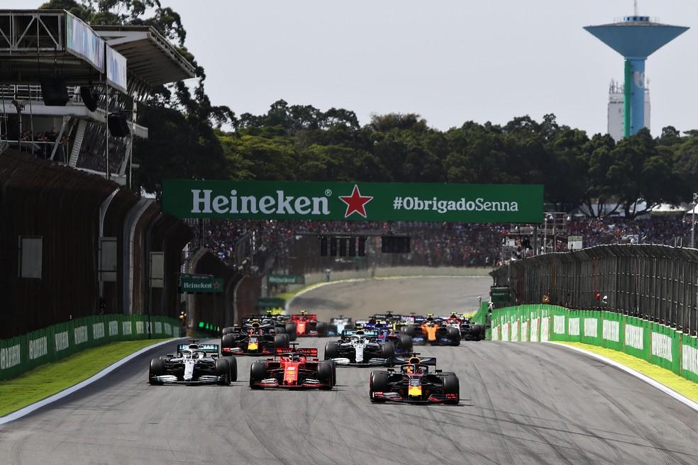 Largada do GP do Brasil em Interlagos, 2019- Foto: Getty Images