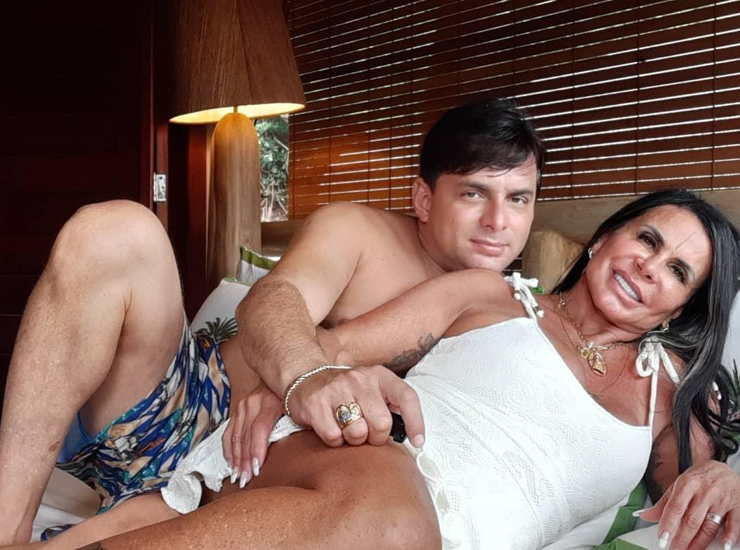 Gretchen e noivo, Esdras de Souza, curtem férias no Rio Grande do Norte (Foto: Reprodução/ Instagram)