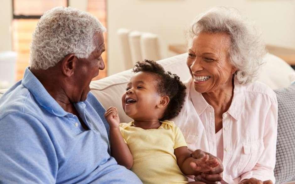 Avós são a presença materna e paterna para os filhos-Foto: Shutterstock / João Bidu
