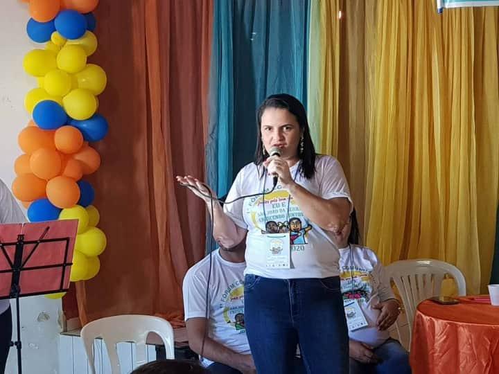 Secretária de Educação Arlene Fernandes