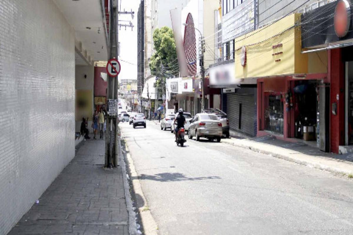 Comércios do centro de Teresina fechados - Foto: Meio Norte