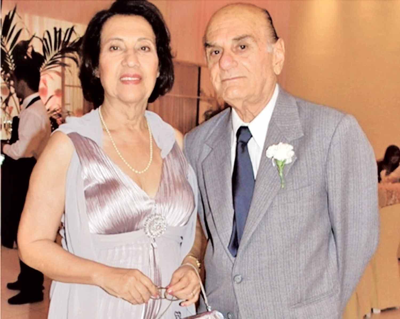 No registro, da coluna online de Elvira Raulino, Mansueto e dona Célia no aniversário dele no dia 16 de outubro de 2014. Ele completaria neste ano 87 anos.