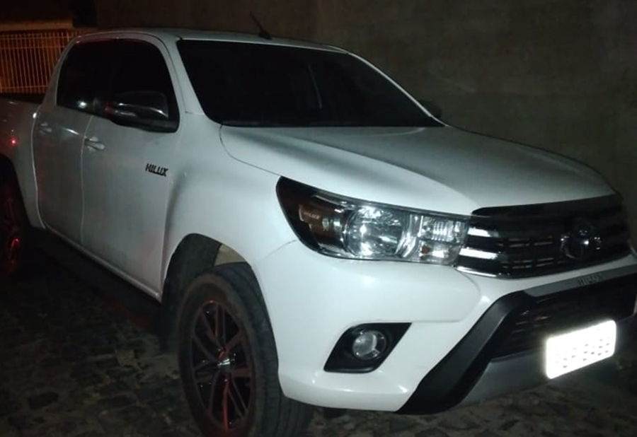 Veículo roubado durante tentativa de sequestro na zona Leste de Teresina - Foto: Divulgação
