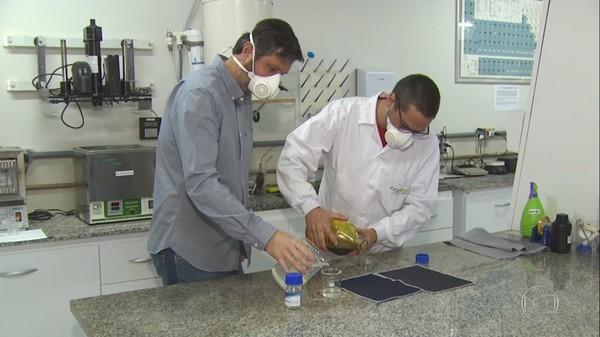 Pesquisadores desenvolvem roupa à prova de coronavírus - Foto: Reprodução