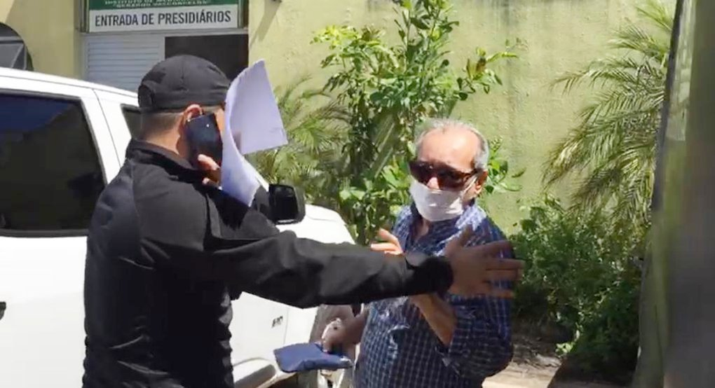 Jornalista Arimateia Azevedo sendo preso pelo GRECO no dia 12 de junho de 2020 - Foto: Divulgação