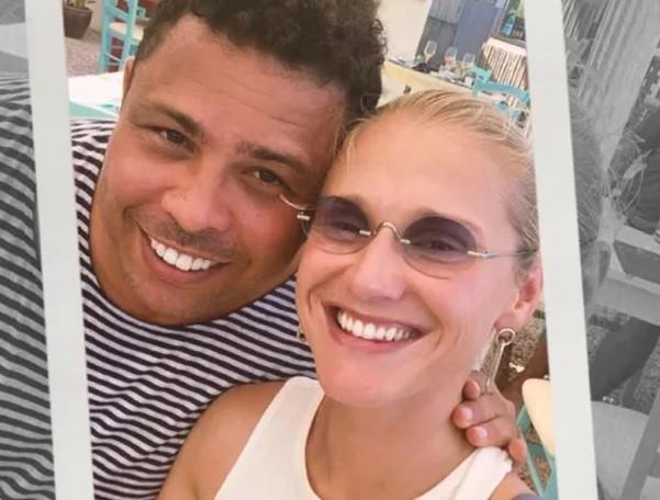 Ronaldo e a namorada