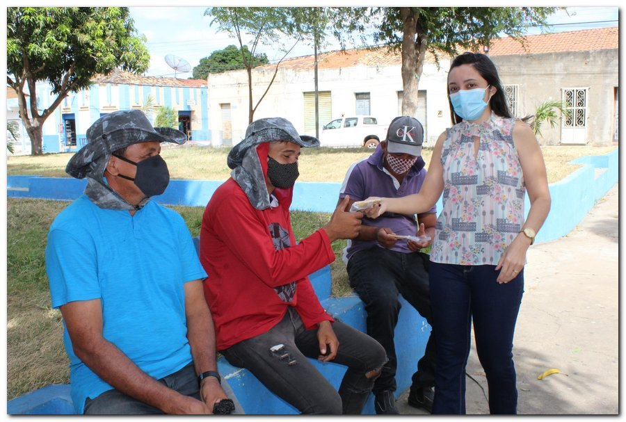 Gestão distribui máscaras para profissionais da limpeza e realiza testagem em agentes de endemias - Imagem 5