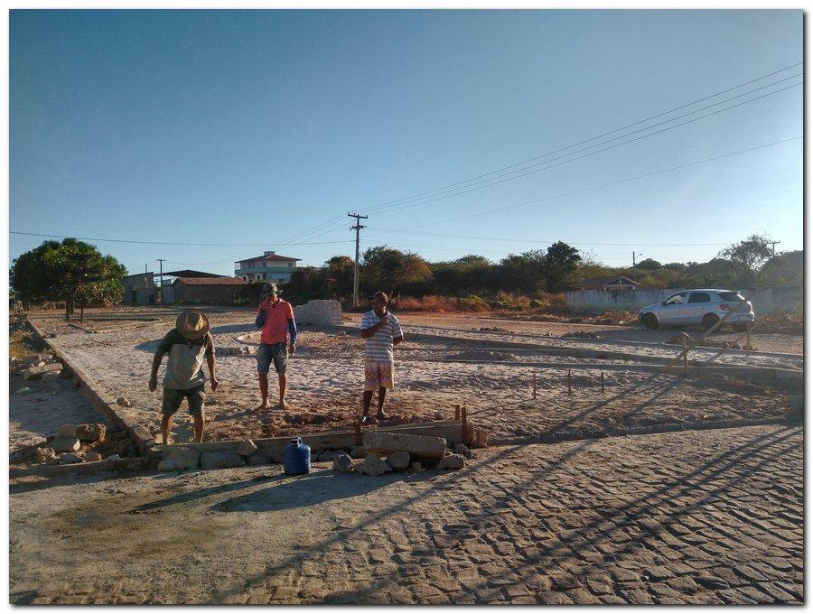 Construção de Praça no Bairro Sossego - Imagem 1