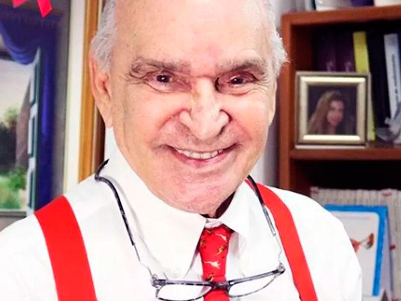 Médico Elsimar Metzker Coutinho morreu aos 90 anos em hospital de SP