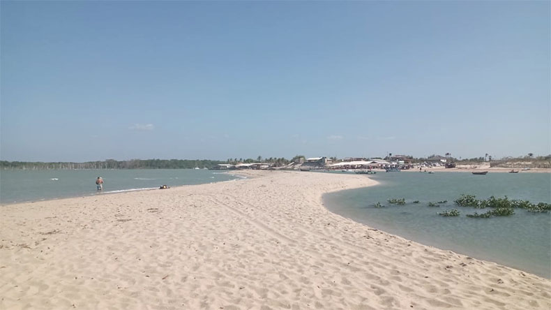 Barracas de praia voltam a funcionar em Luís Correia - Foto: Divulgação/Ciptur