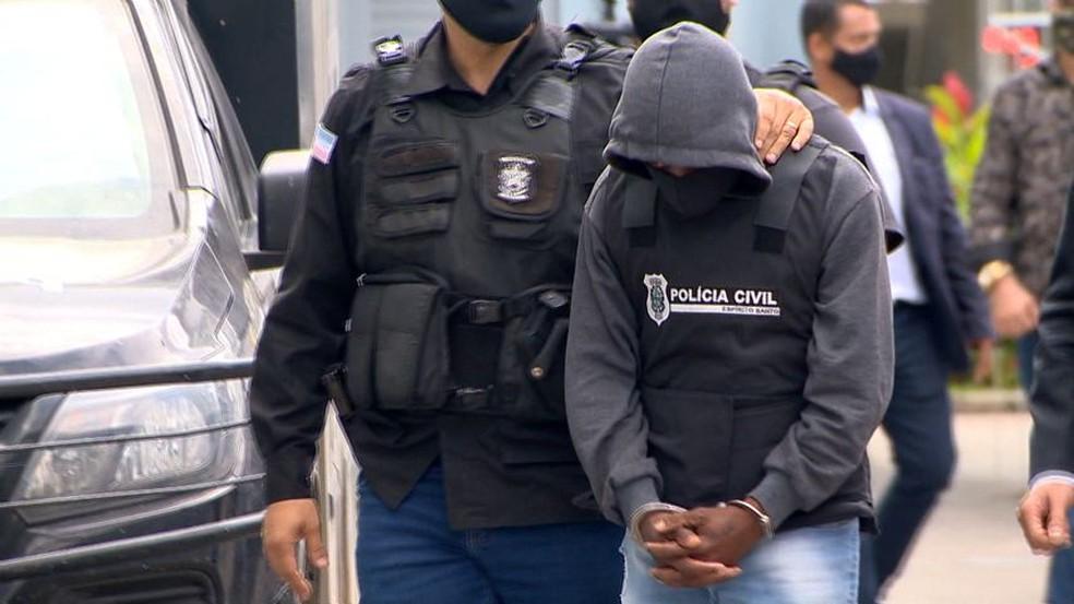 Tio suspeito de estuprar sobrinha no ES — Foto: Ari Melo/ TV Gazeta