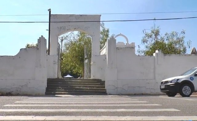 Cemitério onde ela disse ter sido abandonada pelos criminosos