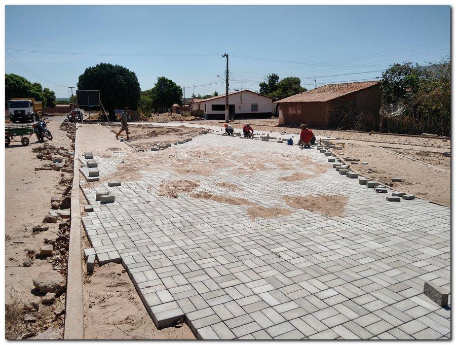 Prefeitura de Inhuma constrói Praça Pública no Bairro Sossego - Imagem 5