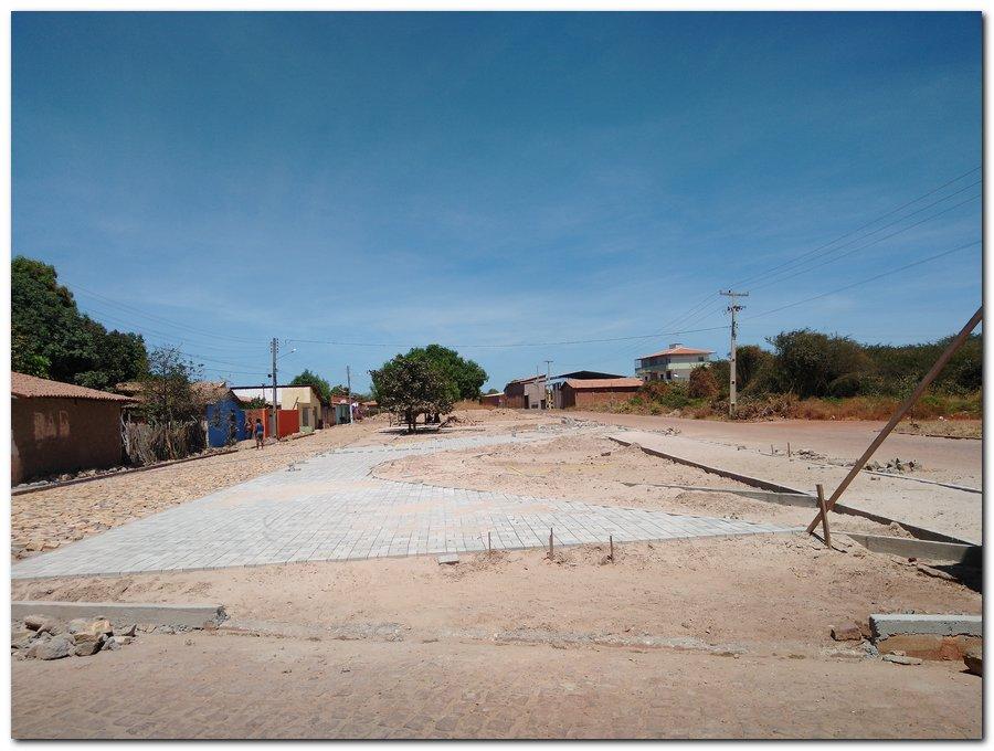 Prefeitura de Inhuma constrói Praça Pública no Bairro Sossego - Imagem 9