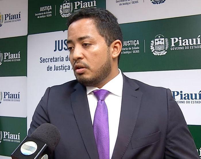 Secretário Carlos Edilson (Meio Norte)