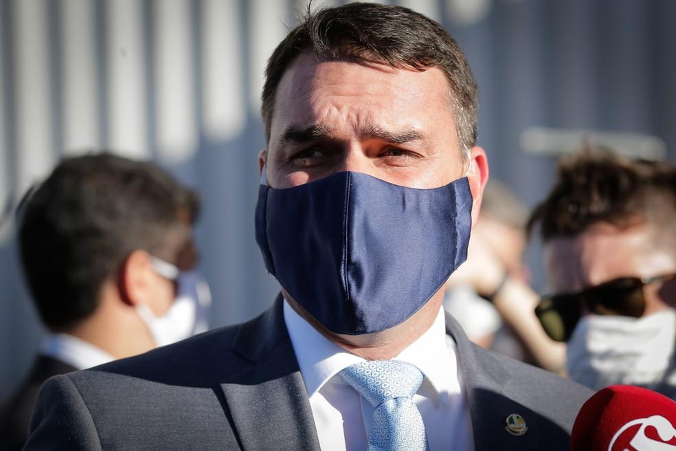 Flávio Bolsonaro é diagnosticado com a Covid-19 (Foto: Reprodução)