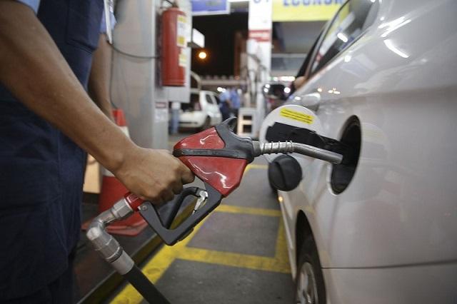 Postos de combustíveis podem funcionar neste sábado (29) em Teresina