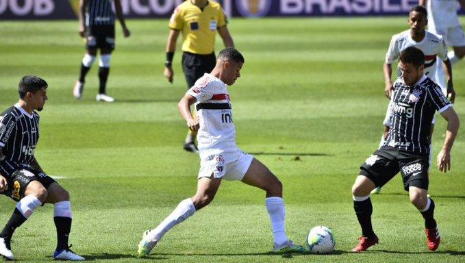 São Paulo vence o Corinthians (Foto: Twitter)