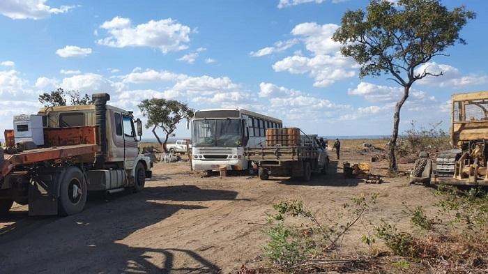 Operação realizada nessa quinta-feira, 27 de agosto, contra a ocupação ilegal de terras em uma área pública no município de Bom Jesus