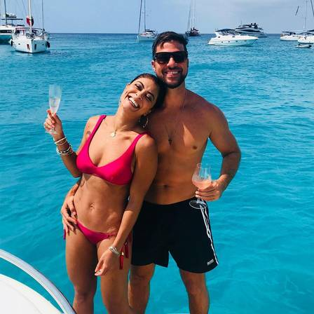 Juliana Paes e seu marido