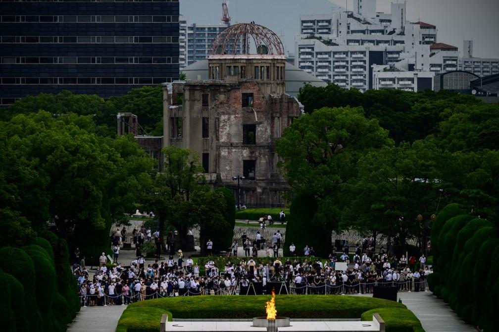 Imagem da cerimônia para lembrar os 75 anos da bomba nuclear em Hiroshima, em 6 de agosto de 2020 — Foto: Philip Fong / AFP