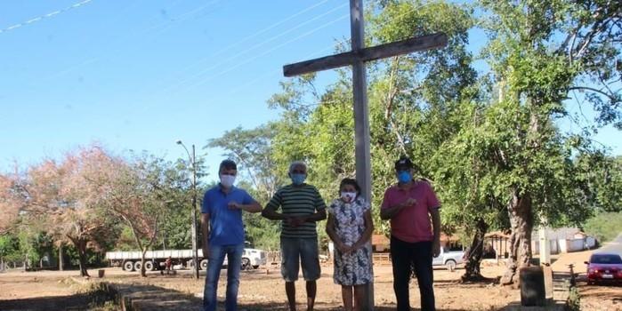 Prefeitura de Monsenhor Gil levando obras para comunidade Canafístula