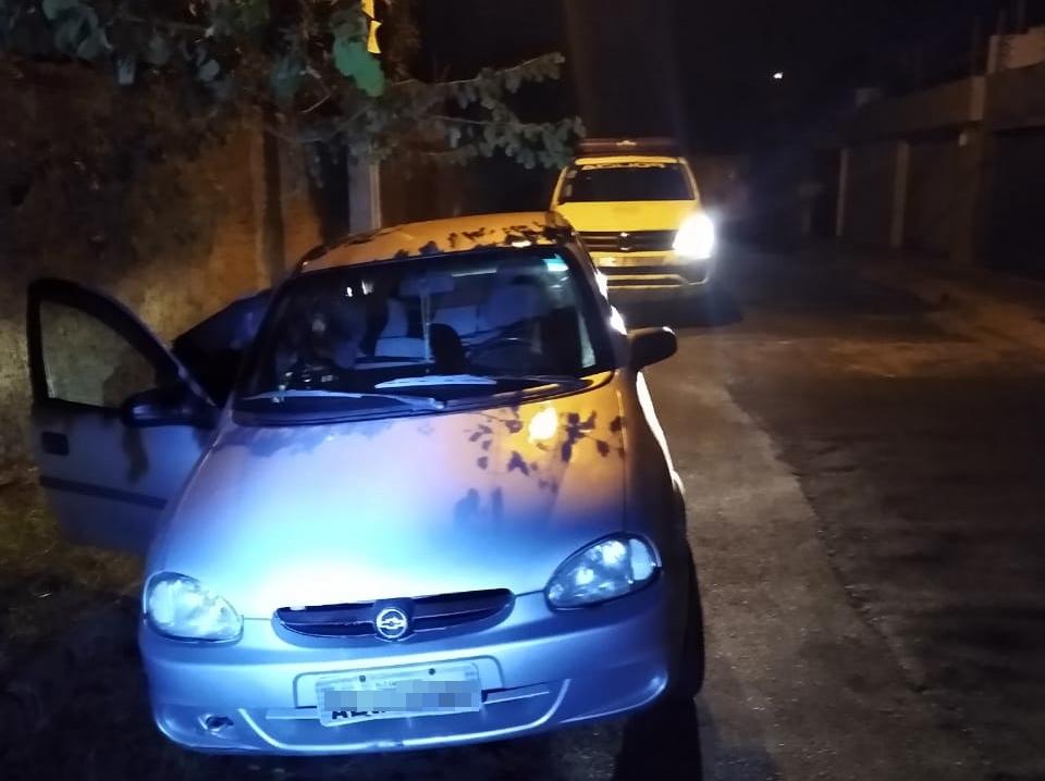 Criminosos rendem casal e roubam carro na zona Norte de Teresina