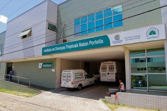 Corpos foram trocados no Instituto de Doenças Tropicais Natan Portela, em Teresina - Foto: Sesapi