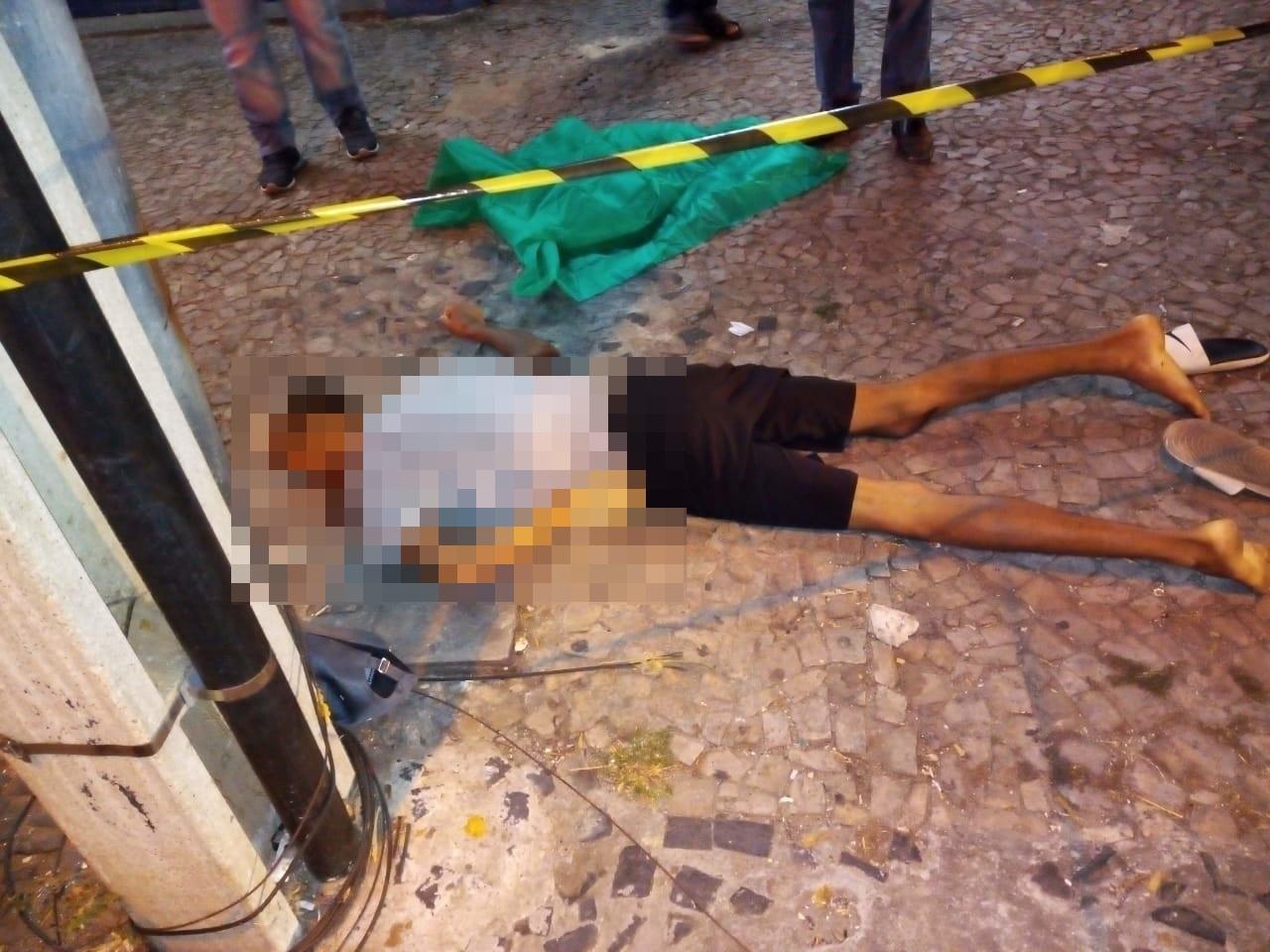 Morador de rua é morto a tiros durante briga no Centro de Teresina - Imagem 1