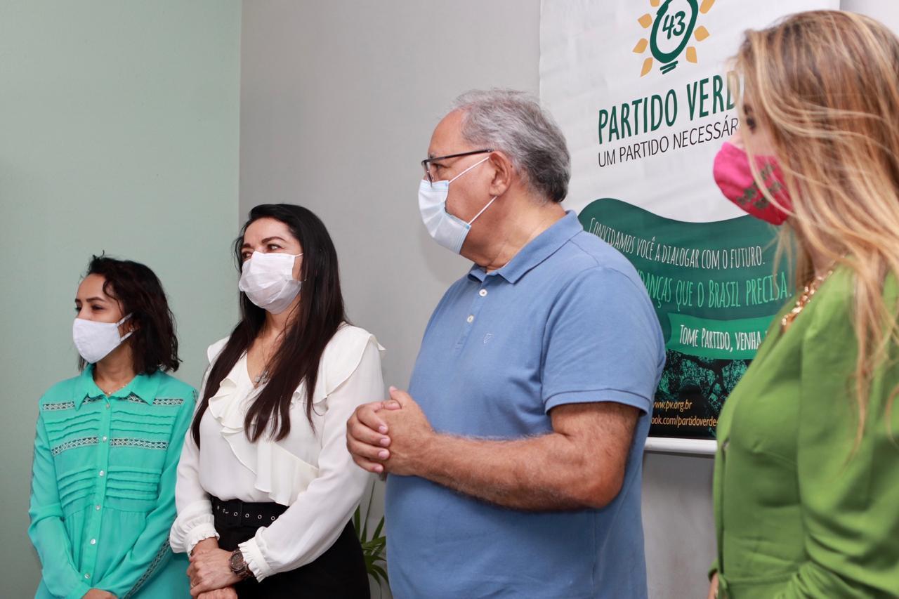 Em convenção, PV homologa aliança com Kleber Montezuma
