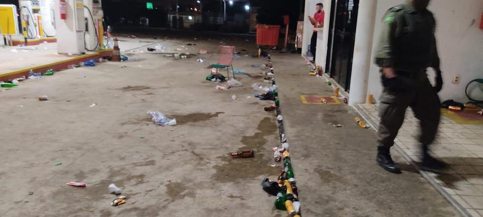 Jovens se reuniam em posto na zona Sul de Teresina - Foto; PM