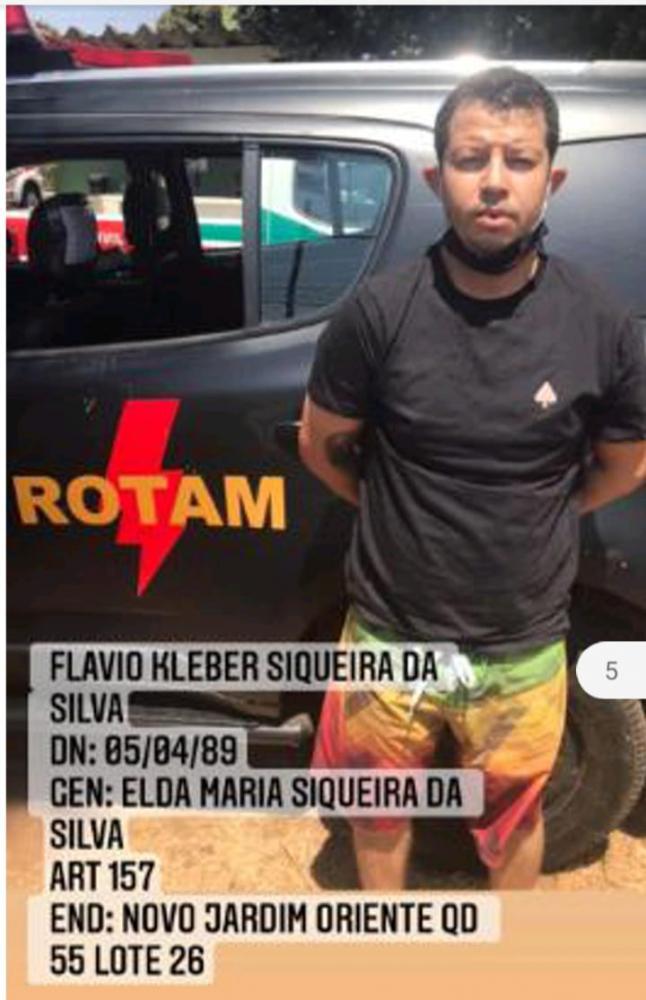 Homem foi preso pela PM de Nova Gama, em Goiás (Reprodução/ Canal 121)